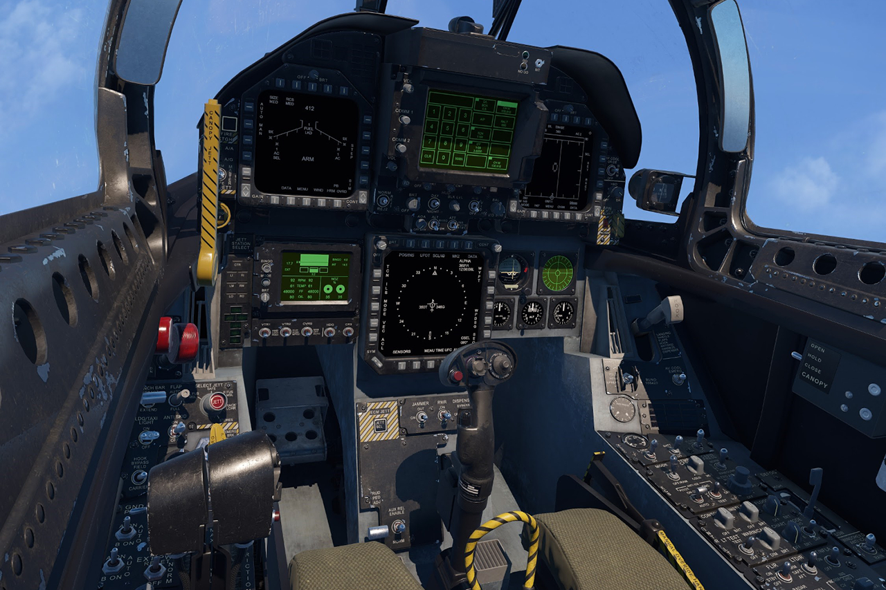 Le cockpit d'un F-18 plus vrai que nature dans ce simulateur de combat en réalité virtuelle
