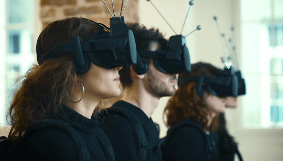 """L'expo en réalité virtuelle """"The Enemy"""" capte et prend en compte l'empathie des visiteurs"""